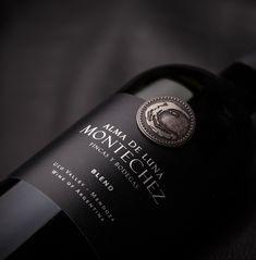 #packaging #Design #Wines #GraphicDesign #Design #Label #NewProject #AlmaDeLuna #Montechez