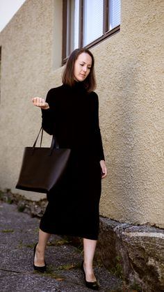 Classic, leather tote bag in black Classic Leather, Ann, Normcore, Tote Bag, Shopping, Collection, Black, Design, Style