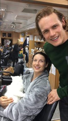 Caitriona Balfe and Sam Heughan - Announcement of the Emerald City Comicon Convention coming in March 2nd thru the 5th, 2017