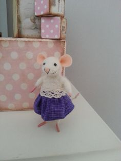 Needle felted mouse miniature mouse by BearytalesbyMireille