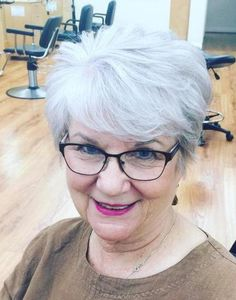 60+ Short Layered Gray Hairstyle