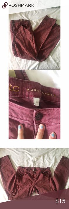 Burgundy Lauren Conrad Jeans These are gently used but in great condition LC jeans that were regular fit on me but might be more skinny fit on others (I have thiner legs). They're no longer my size so I can't do a try on but I can take measurements if needed. Let me know if you have any questions! LC Lauren Conrad Jeans