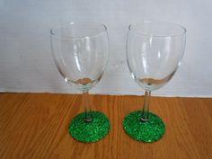 CUSTOM MADE WINE GLASSES SET OF TWO GREEN GLITTER BASE ST. PATRICKS DAY PARTY | eBay
