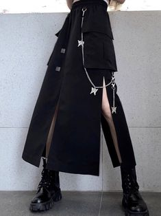 Grunge Outfits, Outfits Casual, Cool Outfits, Fashion Outfits, Casual Skirts, Short Skirts, Mode Sombre, Alternative Outfits, Alternative Fashion Style