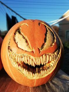 Scary Pumpkin Carving, Halloween Pumpkin Carving Stencils, Halloween Pumpkin Designs, Halloween Jack, Halloween Pumpkins, Halloween Decorations, Pumpkin Painting, Pumpkin Carvings, Pumkin Decoration