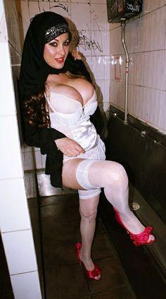 Lady sharimara raj bath tub 2