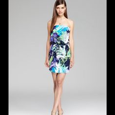 Laundry by Shelli Segal Tropical-Print Dress. Think island getaway in this BRAND NEW, gorgeous tropical print Laundry by Shelli Segal dress.  Strapless, removable waist tie, pullover style, lined. NEVER WORN‼️ Laundry by Shelli Segal Dresses Strapless