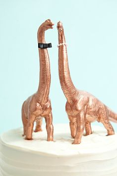 DIY Painted Dinosaur Cake Toppers