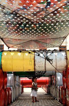 Gatos Recycled Playground, Basurama, Rio de Janeiro, 2015 - Playscapes