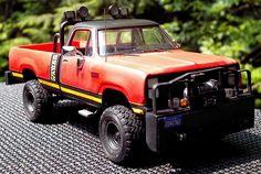 Simon & Simon - Rick Simon's Dodge Power Wagon custom 1/24th scale reproduction model truck 5