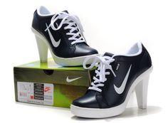 basket-nike-a-talon-femme-nike-dunk-a-talon-prix4299118625072---1.jpg (750×550)