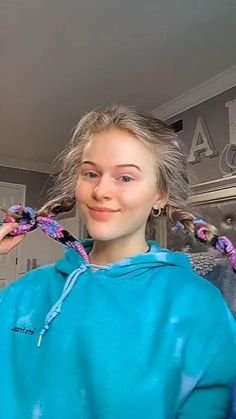 Cool Braid Hairstyles, Pretty Hairstyles, Girl Hairstyles, Hair Tutorials For Medium Hair, Curly Hair Tips, Hair Up Styles, Medium Hair Styles, Wavy Hair Overnight, Hair Styler