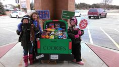 Great booth for Girl Scout cookies!