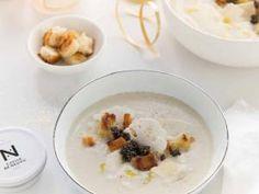 Crème de chou fleur au parmesan, croutons à l'ail et caviar • Hellocoton.fr