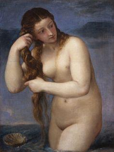 Venus Anadiomena de TIZIANO; (h.1520) National Gallery of Scotland, Edimburgo. Tiziano utiliza un foco de luz dirigido, que proviene del lado derecho del cuadro y produce sombras en el cuerpo de la mujer. Botticelli le daba prioridad a la línea y el dibujo, mientras que Tiziano construía sus figuras a base de puro color, matizando los contornos. Por este motivo, la Venus de Tiziano se integra suavemente con el fondo, en vez de recortarse sobre él como si fuese un cromo o una pegatina.