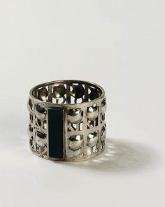Napkin Ring / Vienna, Austria / 1905-1910 / Josef Hoffmann (designer); Weiner Werkstätte (maker) / Silver with green jasper