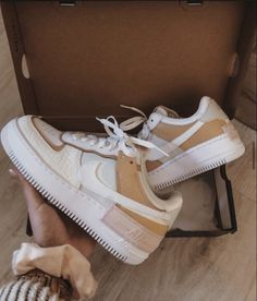 Source by loukoume with air force ones Dr Shoes, Cute Nike Shoes, Cute Nikes, Hype Shoes, Me Too Shoes, Shoes Heels, Jordan Shoes Girls, Girls Shoes, Shoes Women