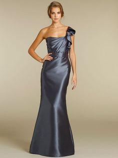 Trompete Stock Länge Designer 2012 Brautjungfer Kleid mit gekräuselten Schulter $260.35 Brautjunferkleider