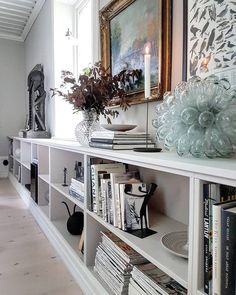 Home art display bookshelves Ideas for 2019 My Living Room, Interior Design Living Room, Home And Living, Interior Decorating, Billy Ikea, Deco Studio, Small Space Interior Design, Plywood Furniture, My New Room