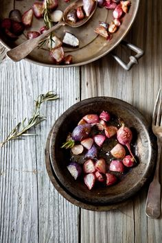 Rosemary rosted radishes ********* 1 bunch radishes 1 tablespoons olive oil 1 -2 sprigs rosemary salt and pepper to taste Heat the oven to 400F - 425F. Wash and pat dry the radishes to remove fuzzy hairs and dirt. Place the radishes in a 8x8-inch roasting pan (or other you prefer), drizzle with olive oil, sprinkle with salt and pepper and roast until they start getting golden on the edges. About 20-25 minutes. Enjoy warm or room temperature
