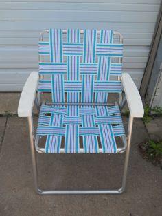 Vintage Retro Folding Aluminum Webbed Chaise Lounge Patio