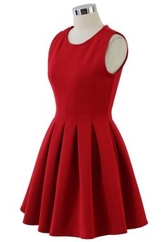 Favored Sleeveless Skater Dress in Red//