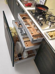 Awesome kitchen storage