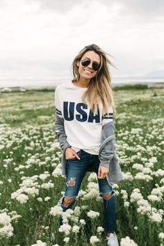 USA Tee & Distressed Denim