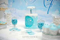 Frozen-Party-Dessert-Table-3-(1).jpgFrozen Birthday Party invitations and decor on the Blog at Little Dance Invitations.  http://www.littledanceinvitations.com.au/Blog/November-2014/Frozen-Inspired-Birthday-Party