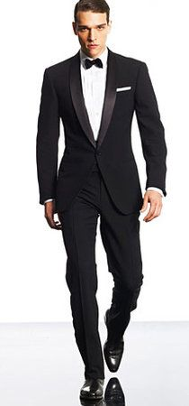 Made to measure shawl colar tux for the groom with a custom white shirt.