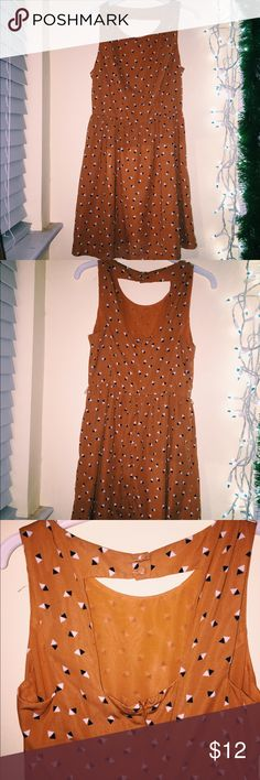 Orange Cut Out Dress Worn once   makes a nice sun dress   please feel free to ask me questions about length and where the dress would ideally stop on you Forever 21 Dresses Strapless
