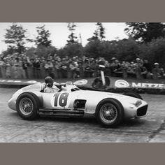 FANGIO - 1954 2½-litre Mercedes-Benz W196 Formula 1 Grand-Prix Single-Seater