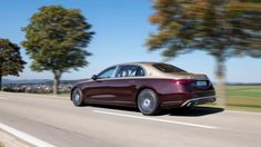 2022 Mercedes-Maybach S 680 keeps its V12 and adds opulence | Autoblog Mercedes Maybach, Mercedes Car, Image Hero, Benz S Class, Class Pictures, New Engine, Twin Turbo, Luxury Cars