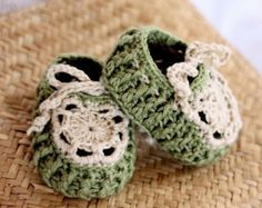 Crochet PATTERN Braided Gladiator Sandals by monpetitviolon