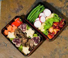 bento w/ star shaped rice patties & fresh veggies
