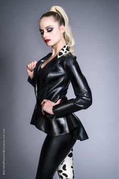 Latex Babe, Shades Of White, Schneider, Models, Jacket Buttons, Leotards, Rugby, Leather Pants, Cleaning