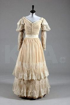 A needlerun lace bridal/summer gown, circa 1830, Kerry Taylor Auctions
