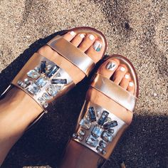 Metallic flatform and minx pedicure - sandra bendre