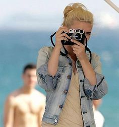 Atomic Vision: Photography Cinema Visual Arts: Celebrities And Their Cameras: Scarlett Johansson