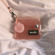 Discover recipes, home ideas, style inspiration and other ideas to try. Peach Aesthetic, Korean Aesthetic, Cute Wallets, Oldschool, Kpop Merch, Just Peachy, Oui Oui, Cute Bags, Aesthetic Pictures
