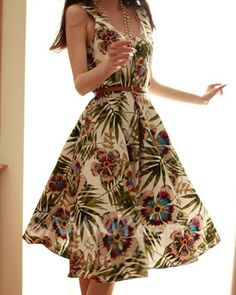 $16.64 Retro Style Sleeveless Floral Print. Looks like something you should wear in Hawii or on a tropical beach. =)