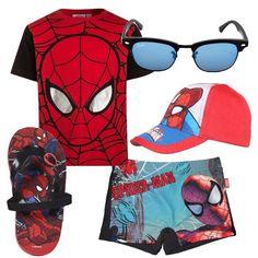 Total+look+per+il+mare+composto+da+t-shirt+in+cotone+con+scollo+tondo,+costume+boxer,+ciabattina+infradito+e+capello+con+visiera.+Completano+il+look+occhiali+da+sole.