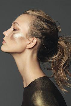"Karlie Kloss in ""A Golden Girl"" for Elle France, December 2014Photographed by: Nico"
