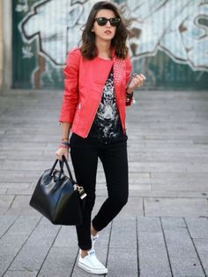What To Wear With Converse Sneakers For Women (20)