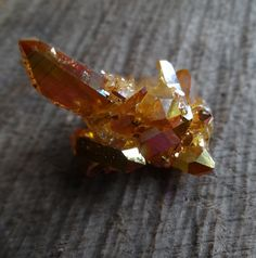 Sunset Aura Cluster Crystals Minerals, Rocks And Minerals, Crystals And Gemstones, Stones And Crystals, Gem Meaning, Mineral Stone, Quartz Cluster, Rocks And Gems, Gem Stones