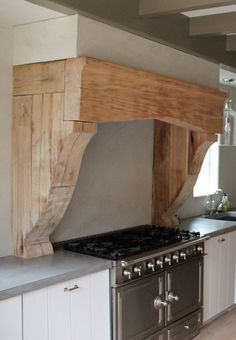 Looking for Kitchen Vent Range Hood Home Design Photos? Here we have 40 different ideas that can help you when designing your new kitchen. There are many different types of vent hoods. Many come in different colors and made of Kitchen Hoods, Wood Kitchen, Kitchen Remodel, Farmhouse Kitchen, Home Decor Kitchen, House, Kitchen Interior, Interior Design Kitchen, Kitchen Vent