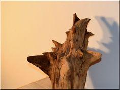 Rusztikus design bútor - Antik bútor, egyedi natúr fa és loft designbútor, kerti fa termékek, akácfa oszlop, akác rönk, deszka, palló Natural Wood Furniture, Rustic Furniture, Fa, Wabi Sabi, Design, Farmhouse Furniture