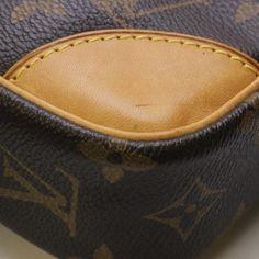 louis-vuitton-danube-cross-body-bag-browns-Louis-Vuitton-free-ship 77