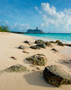 Fun ship, fun island. (Grand Turk: Turks and Caicos)