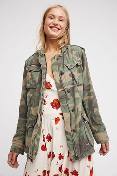 In a washed cotton, this surplus military inspired jacket features pocket detailing and exposed buttons with etched accents. Adjustable drawstring on the inside for a customized cinched waist. Camouflage Fashion, Camo Fashion, Military Fashion, Star Fashion, Camo Jacket, Shirt Jacket, Fall Jackets, Jackets For Women, Military Style Coats